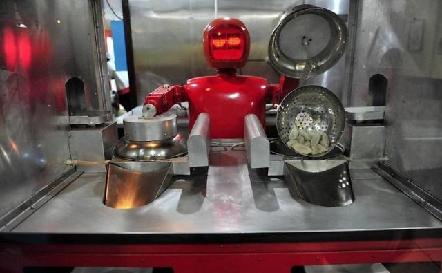 robot-restaurant-0[6]