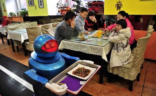 robot-restaurant-3[2]