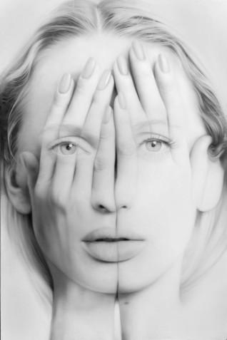 Tigran Tsitoghdzyan_white mirror